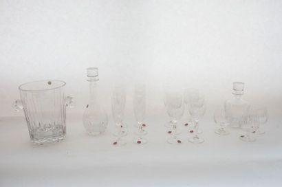 France Important service, XXe, cristal taillé, marqué [FONTAL], avec boîtes d'origine,...
