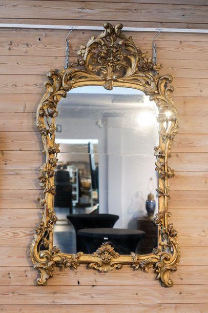 Important miroir d'époque Louis XV, XVIIIe,...