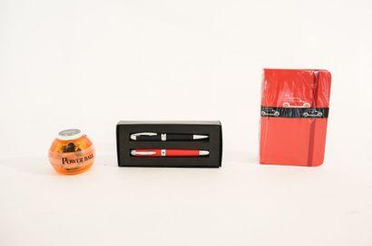 MINI Power-ball, paire de carnets et paire de stylos dans leurs boîtes d'origine...