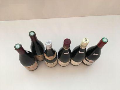 BOURGOGNE Rouge, ensemble de cinq bouteilles : - SANTENAY, 1er cru Clos des Mouches...