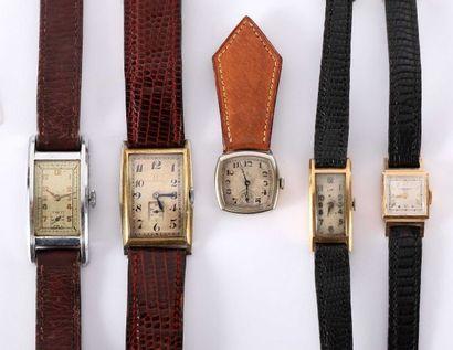 Quatre montres de femme et une montre 'clip'...