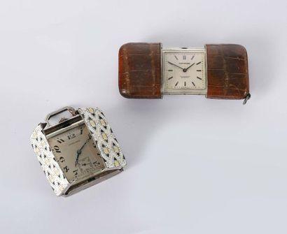 Deux montres de sac dont une à glisseur en...