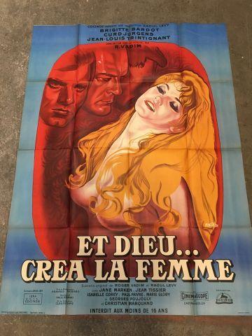 Ensemble de plus de 100 affiches de cinéma...