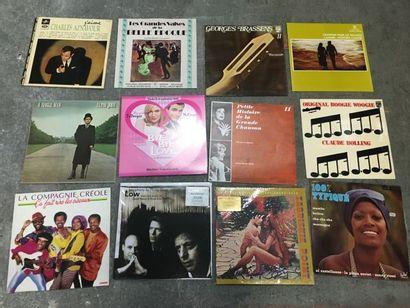 Ensemble de plus de 30 disques vinyles, parmi...