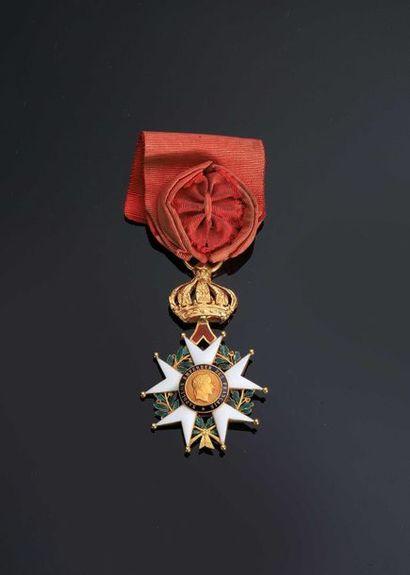 SECOND EMPIRE. Etoile d'officier en or (poinçon...
