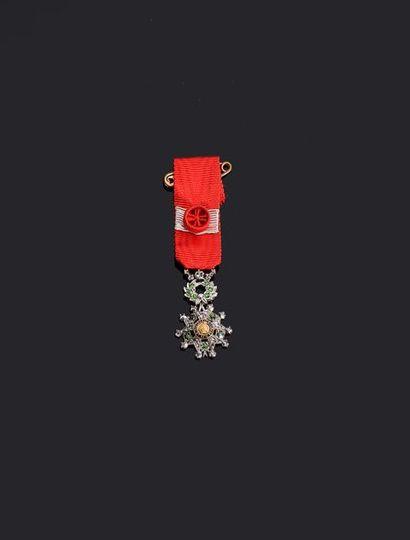 –IDEM-. Etoile miniature de grand luxe en...