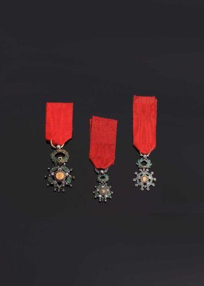 –IDEM-. Lot de 3 miniatures d'étoiles de...