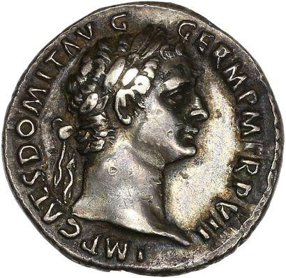Rome, Domitien (81-96): Denier   R/ Minerve...