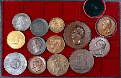 Médaille: Lot de 13 médailles diverses en...