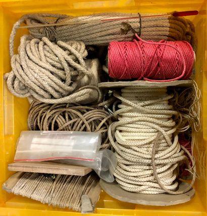 Cordes pour pendules de diamètres variés...