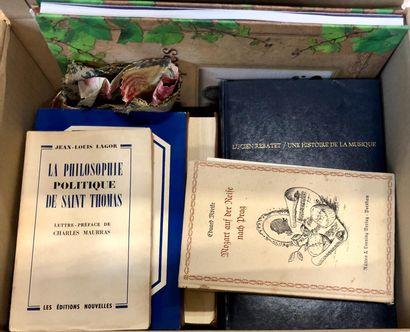 Livres variés récents, un carton.