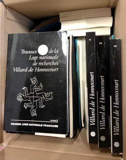 FRANC-MAÇONNERIE. Deux cartons de livres,...