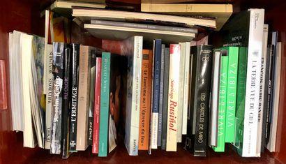 Dans une caisse : important lot de livres...