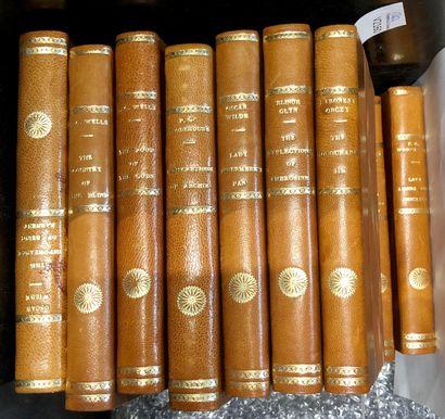 LITTERATURE  Ensemble de livres de littérature...
