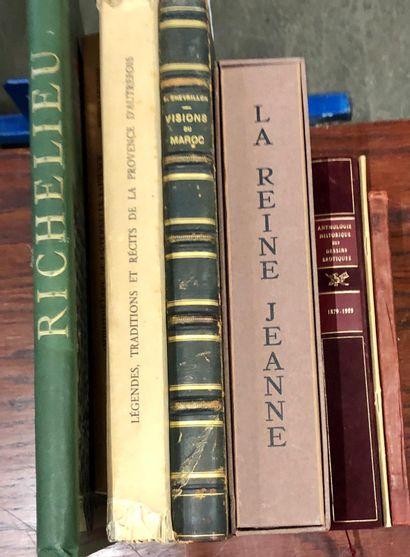 Ensemble d'ouvrages sur l'histoire, les traditions...