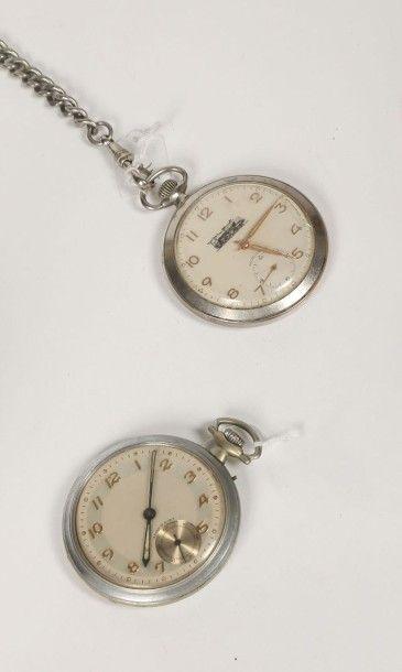 Deux montres à ancre en argentan dont une...