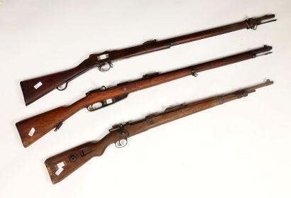 Carabine Mauser 98K. Crosse en noyer. Dans...