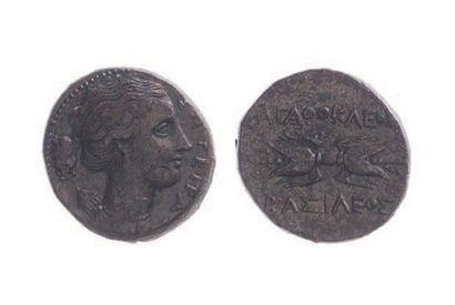SICILE, Syracuse (317-289). Bronze (20 mm)...