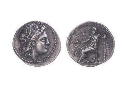ARGOLIDE, Épidaure (350-330). Drachme (4,64...