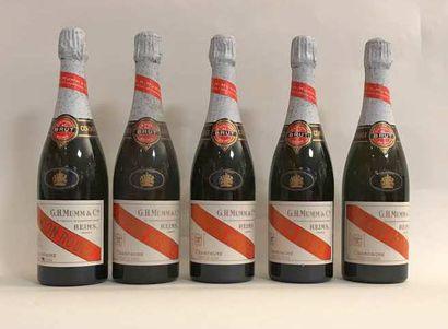 5 bouteilles - Champagne Mumm Cordon rouge...