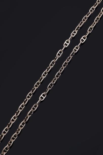 HERMÈS. Un collier-chaîne à maillons