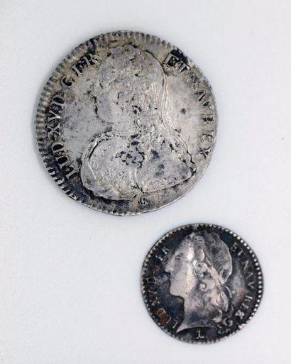 Louis XV (1715-1774). Lot d'un demi-écu aux...