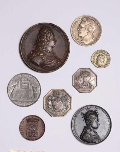 DIVERS: Lot composé de 3 médailles dont celle,...