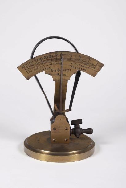 Manomètre métallique à tube elliptique, système...