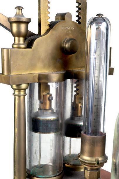 Pompe à vide à deux cylindres signée 'Dumotiez...