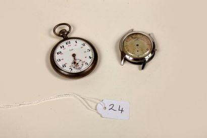 Une montre de gousset en métal blanc Lip...