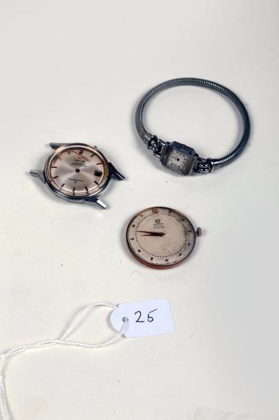 Deux mouvements automatiques de montre-bracelet...