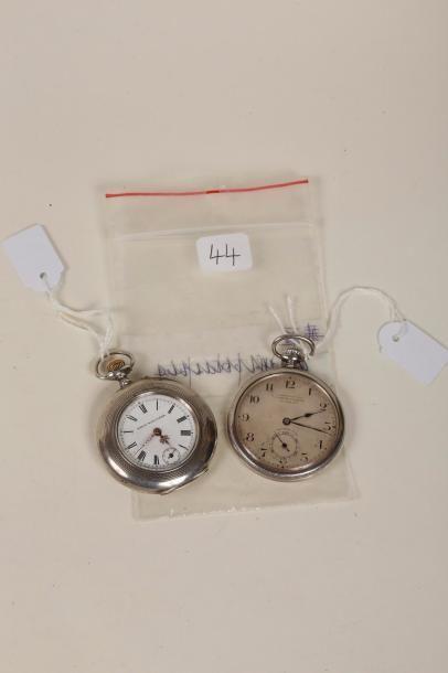 Deux montres à cylindre en argent, 'Tavannes'...