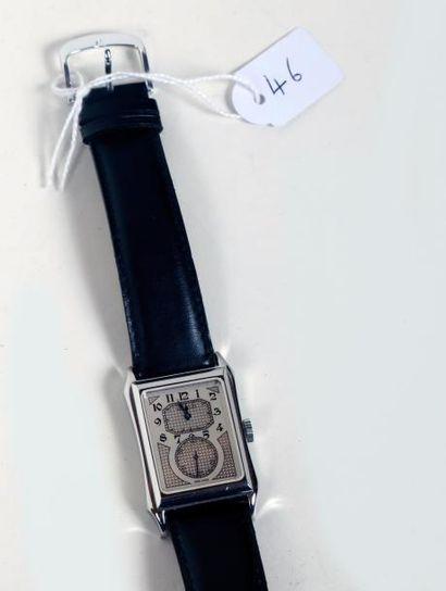 Montre-bracelet 'Epos' en acier de forme...