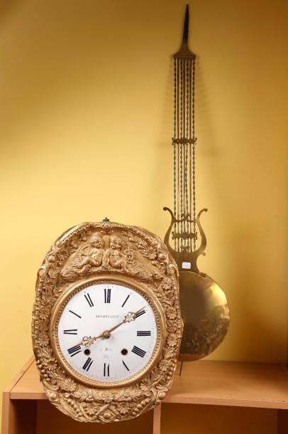 Une horloge comtoise signée 'Brisdoux-Gilet...