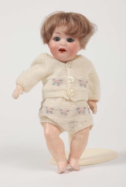 Bébé caractère Allemand, tête porcelaine...