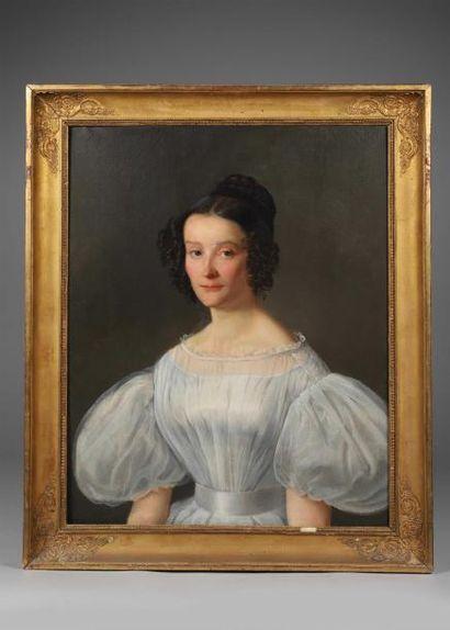 H.73 x 59,5 cm. Ecole française, vers 1830. Portrait de jeune fille en robe de gaze...
