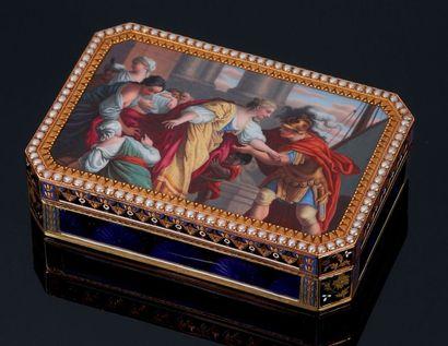 Tabatière octogonale en or émaillé vers 1800...