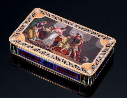 Tabatière en or et émail vers 1805-1810....