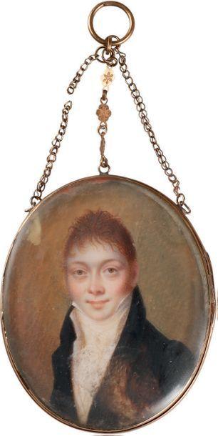 Miniature ovale sur ivoire. Portrait d'homme...