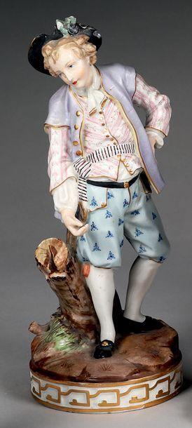 Statuette en porcelaine polychrome de Meissen....