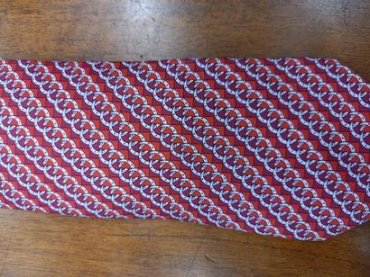 HERMES cravate à décor de motifs géométriques Dans sa boite TBE