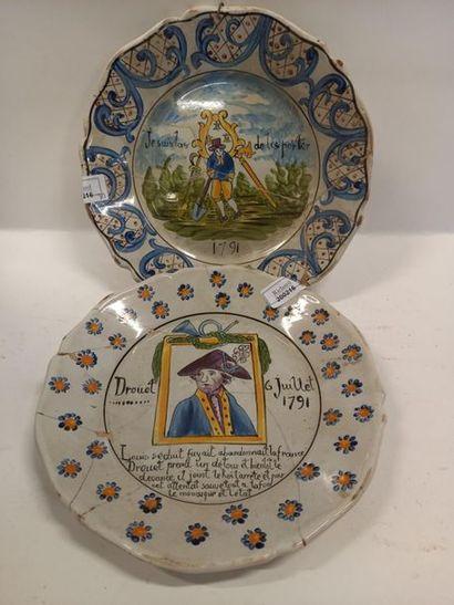 Deux assiettes révolutionnaires 19 ème siècle D : 23.5 cm Accidents