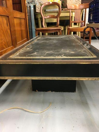 Table basse en bois et baguette de laiton  H: 35 l: 130 L: 60 cm