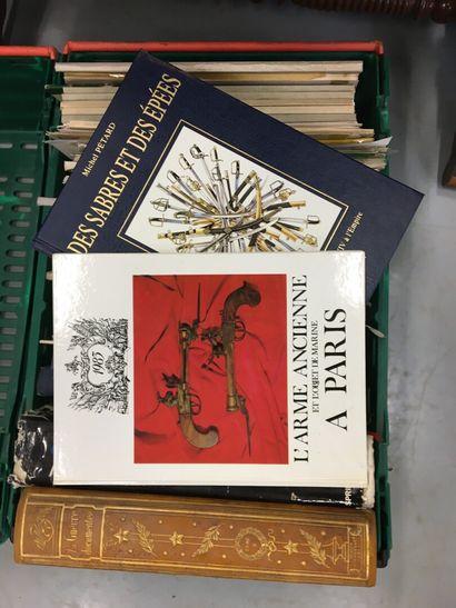 Lot de livres sur les armes, militaria,