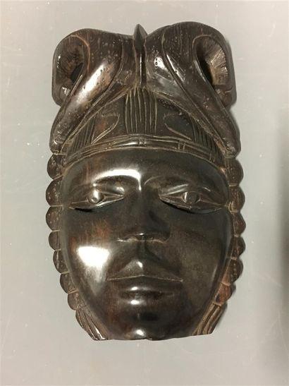 Masque en bois d'ébène travail colonial  H:...