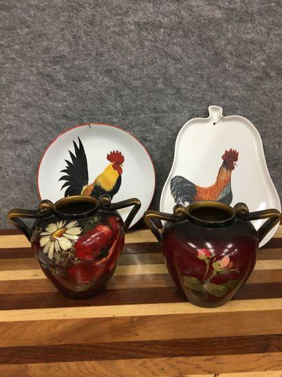 VALLAURIS deux vases peints  Joint 2 ass...