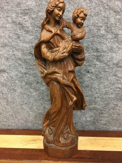Vierge à l'enfant en bois  H : 45 cm