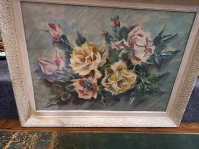 Bouquet de roses  Gouache  Signé en bas à...