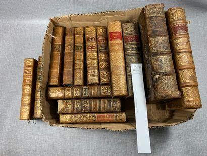 Un ensemble de 14 volumes reliés cuir. XVIIIe...