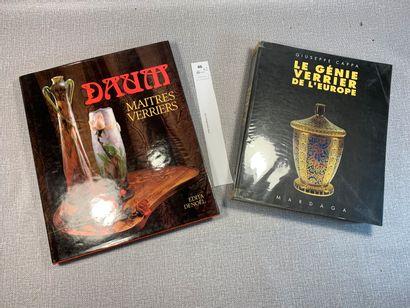 Un ensemble de 2 ouvrages: Daum, Maîtres...
